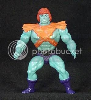 Faker, el He-Man sos�as, una mano de pintura y ya tenemos muñeco nuevo.