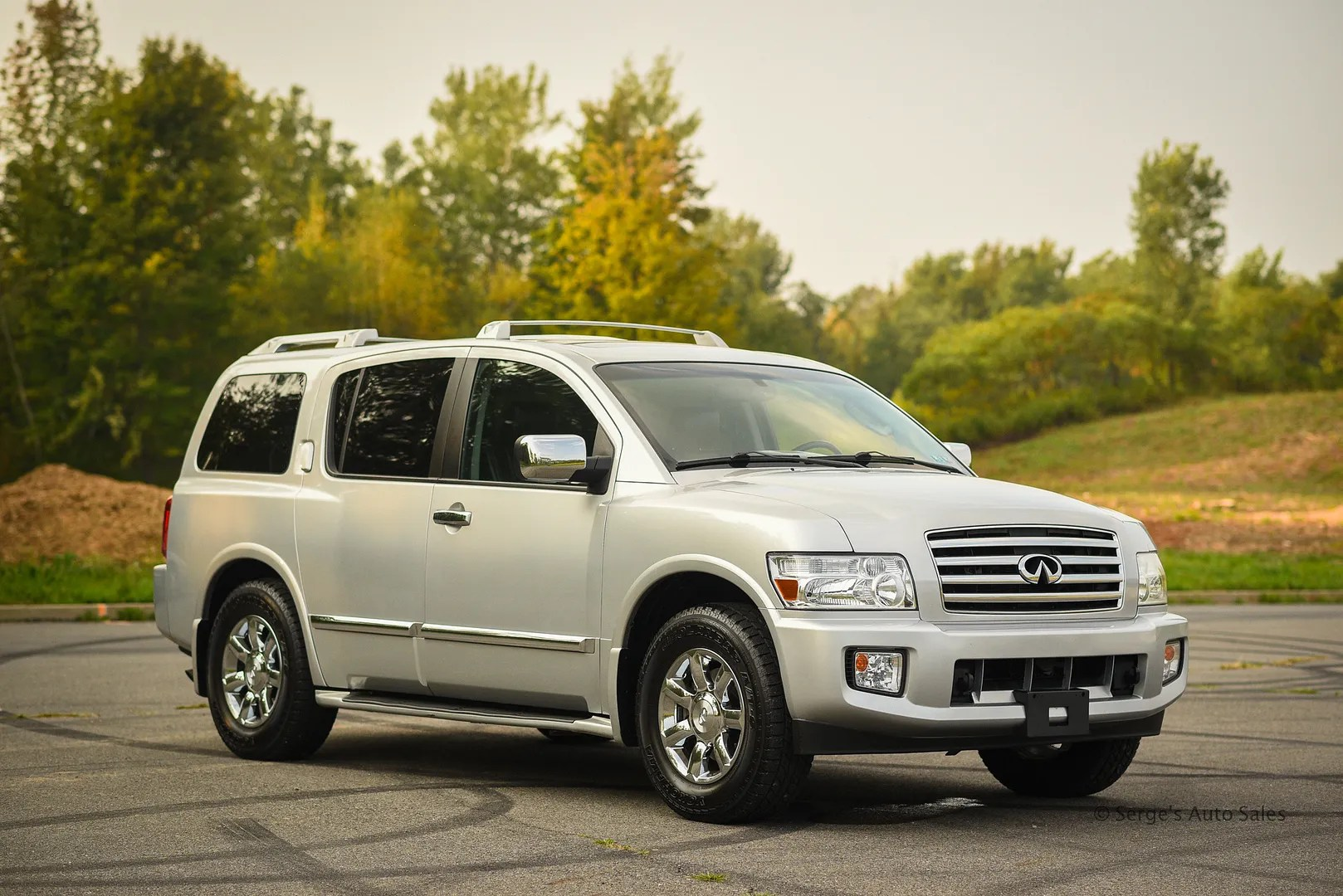photo Infiniti-Serges-Auto-Sales-Car-dealer-Pennsylvania-QX56-Scranton-Nepa-12_zpsfnevb9s5.jpg