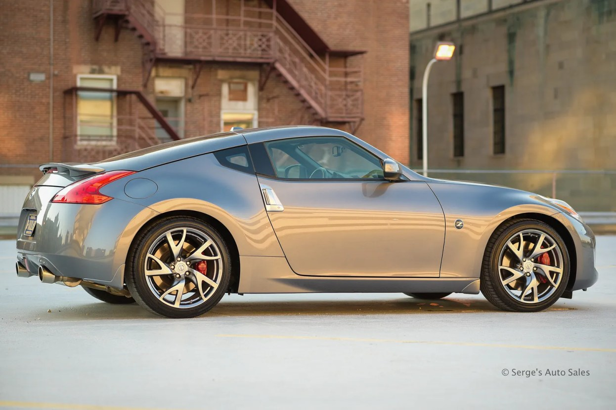 photo nissan-serges-auto-sales-northeast-pa-2014-370z--1_zpsixjbhth4.jpg