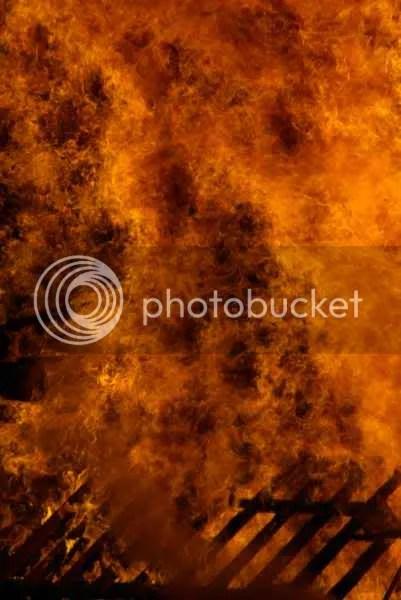 Chislehurst Rotary Fireworks gritty bonfire flames