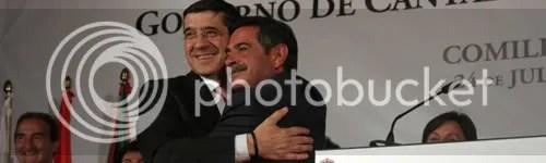 Mierdilla y Fachi Lopez, dandose un abrazo