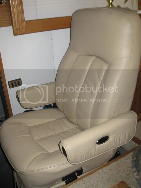 Fabulous New To Us Pilot And Co Pilot Seats Our 1968 Silver Eagle Unemploymentrelief Wooden Chair Designs For Living Room Unemploymentrelieforg