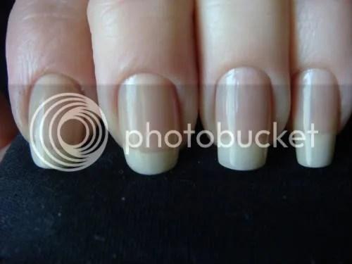*peach nails