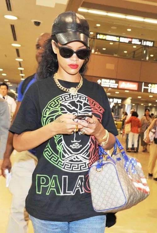 b8c4462f2 Rihanna Represents America With Gucci USA Logo Boston Bag | Rucuss