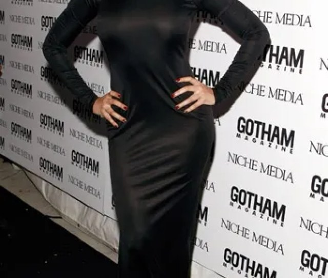Beyonce Rocked The Slinky Long Black Dress That Works Perfect For Her Curvaliciousness At Last Nights Gotham Magazine Party