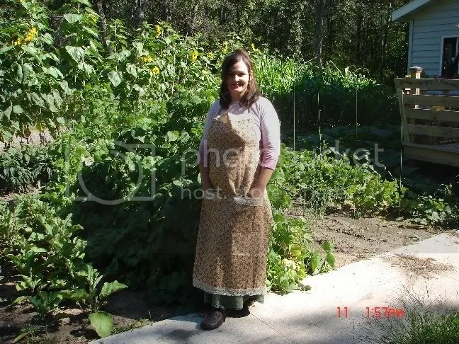 Apron in front of the garden.