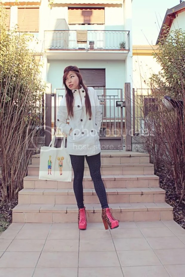 Fashionista Fashion Beauty Blogger Angela Ricardo koreandoll Jeffrey Campbell Lita Leopard Boots