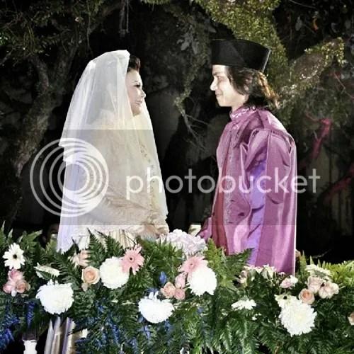 gambar raja azmi nikah