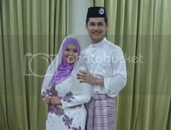 gambar perkahwinan raja azrey