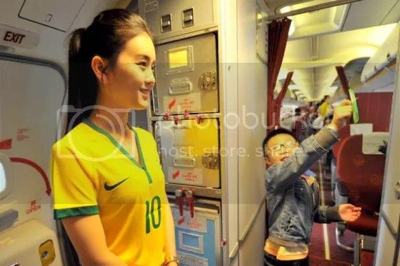 photo flight-attendant-brazil-world-cup-jersey5.jpg