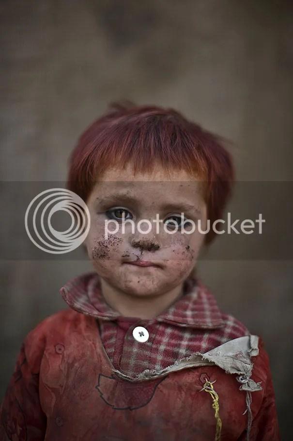 photo afghan-children-refugees-pakistan-muhammed-muheisen-13__605.jpg