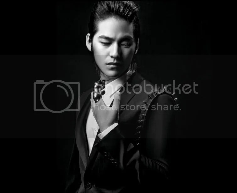 https://i1.wp.com/i398.photobucket.com/albums/pp70/Young_Lady_Junsu/Kim%20Bum/20091027_kimbum3.jpg
