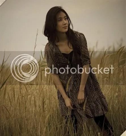 https://i1.wp.com/i398.photobucket.com/albums/pp70/Young_Lady_Junsu/Zhang%20Li%20Yin/ei080317101.jpg