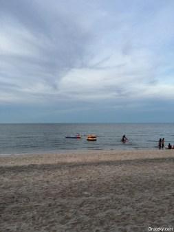 marakesh hua hin beach