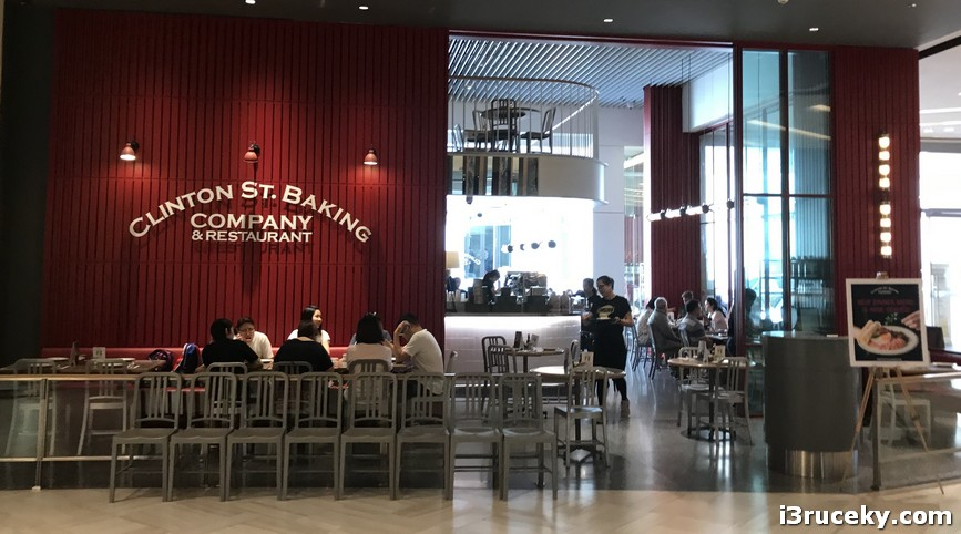 clinton street baking company at siam paragon bangkok