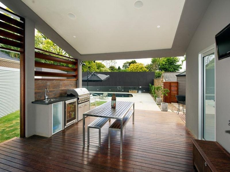 Outdoor living design with bbq area from a real Australian ... on Aust Outdoor Living  id=16728
