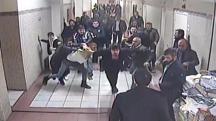 Terrifying moments in the courthouse: We were battered by 15 people…