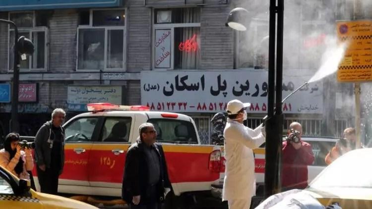 Son dakika haberi: İran'da koronavirüsten 144 kişi daha öldü 1