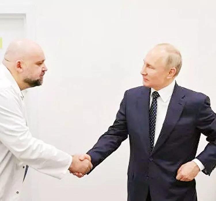 Putin'in tokalaştığı tabipte virüs çıktı 1