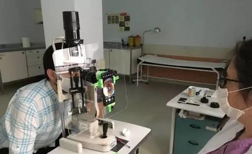 Akademisyenler salgın periyodunda göz muayenesi için yeni bir alet geliştirdi 1