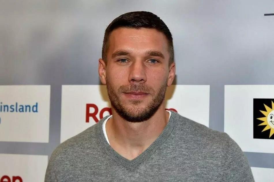 Lukas Podolski planlarını corona virüs bozdu! 1