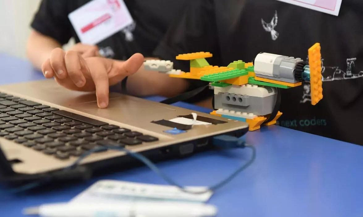 Netaş'tan 100 çocuğa online STEM eğitimi 1