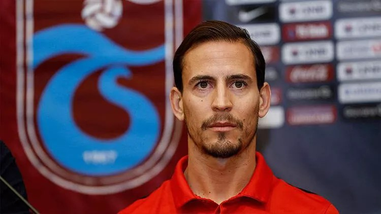 Son dakika transfer haberleri | Trabzonsporlu Joao Pereira, Levante ile anlaştı 1