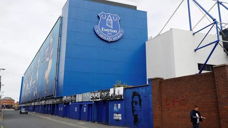 Everton biletli taraftarına para iadesi yapacak 1