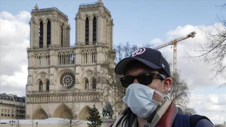 Fransa'da günlük Kovid-19 kaynaklı ölümlerin sayısında son durum 1