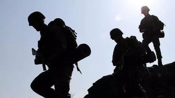 Son dakika... MSB duyurdu: 5 PKK'lı terörist güvenlik güçlerimize teslim oldu