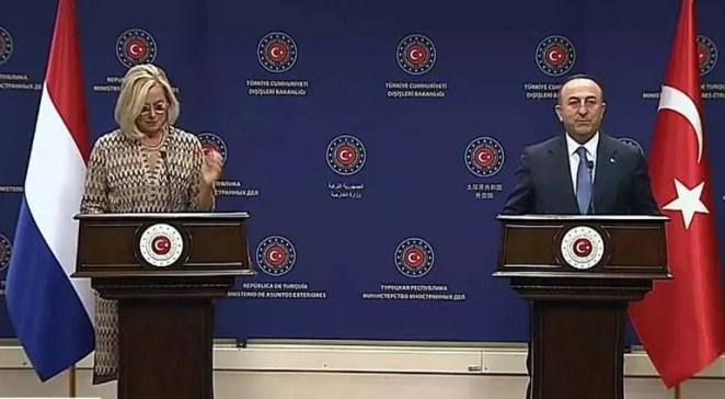 Son dakika: Bakan Çavuşoğlundan Afganistan ve Kabil Havalimanı açıklaması