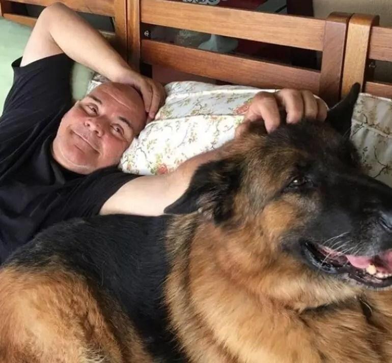 Rasim Öztekin'in eşi Esra Kazancıbaşı'dan duygusal paylaşım: Önce sevdiğim adam sonra da oğlum Diego...