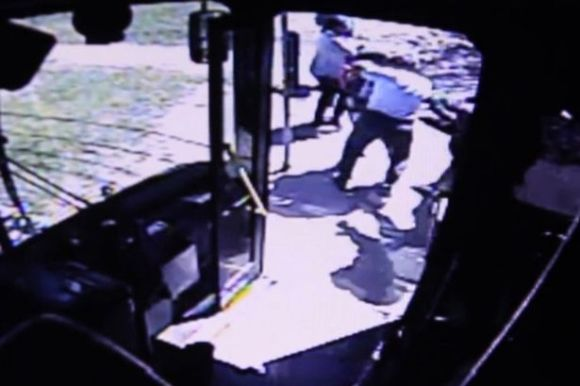 Michigan bus driver fights with teen girl
