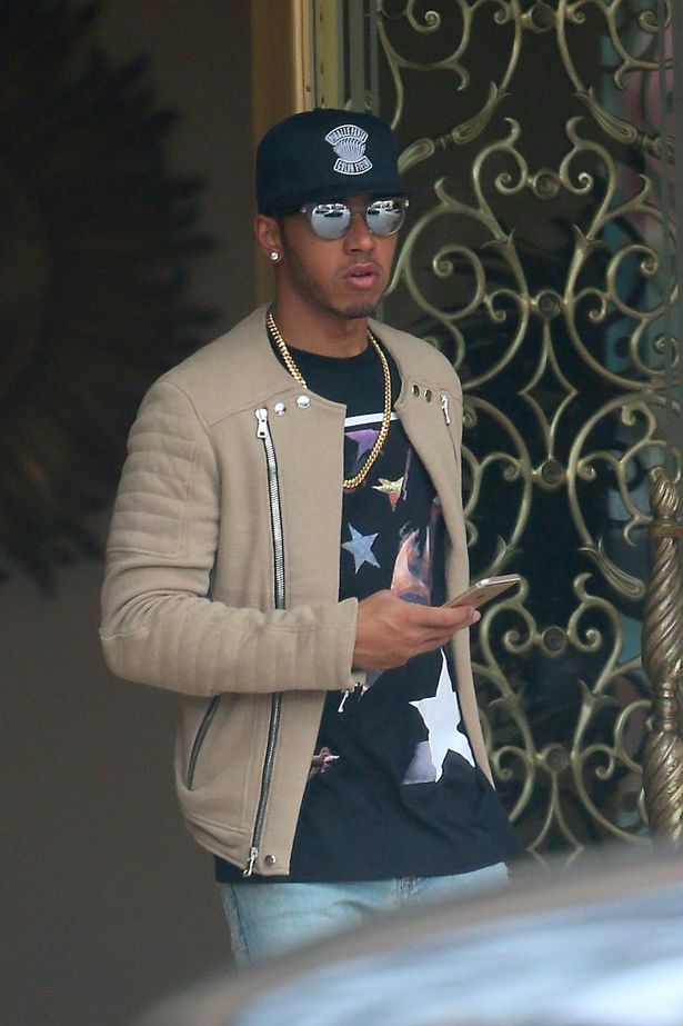 Lewis Hamilton Jets To Los Angeles After Getting Close To