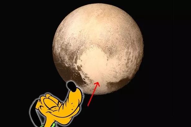 Cane Pluto di Disney sul pianeta Plutone della NASA