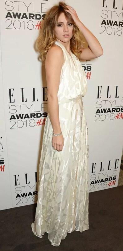 https://i1.wp.com/i4.mirror.co.uk/incoming/article7427416.ece/ALTERNATES/s615b/Elle-Style-Awards.jpg?resize=396%2C805