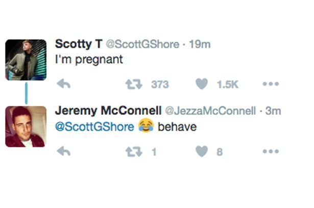 Twitter post by Scotty T saying 'I'm Pregnant' which Jeremy McConnell replied to
