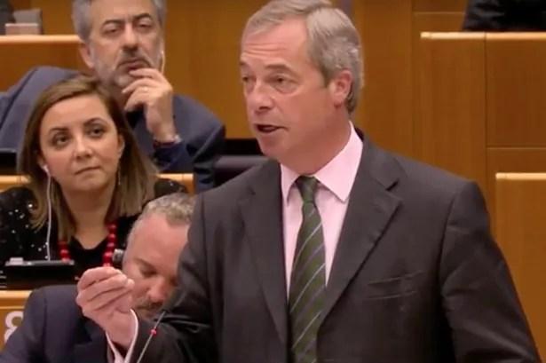 Nigel Farage no se molestó en ocultar su felicidad a medida que habló con el Parlamento Europeo