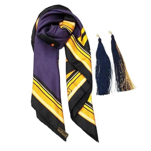 【Louis Vuitton 路易威登】M72912 Pompon Carre 斑馬紋彩繪流蘇絲巾(多色)