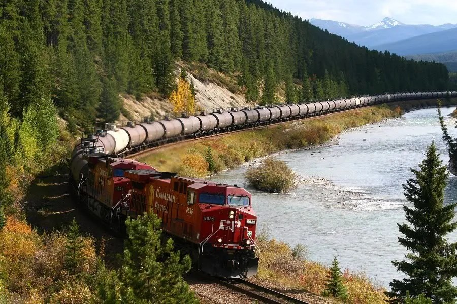 Afbeeldingsresultaat voor lange treinen
