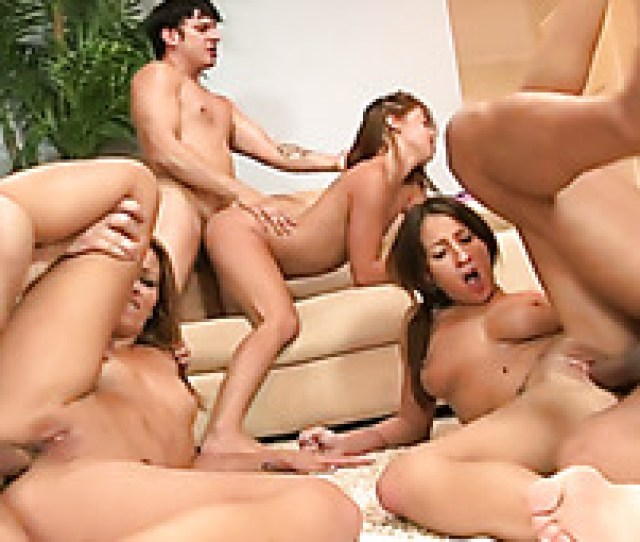 Nasty Bitches With Awesome Shapes Fuck Hot Guys In Awesome Sex Orgy