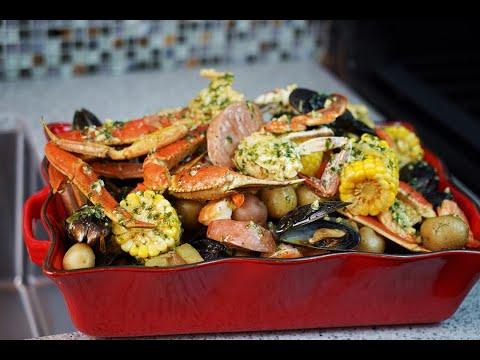Saturday Night Seafood Boil   CaribbeanPot.com