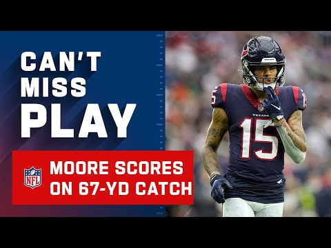 Mills Drops Dime to Moore for Big TD
