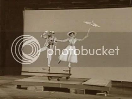 MAGIA. Foto inédita del backstage de Mary Poppins.