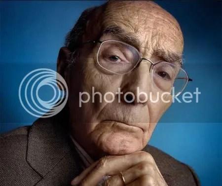 José Saramago, blogger con sus flamantes 86 años.