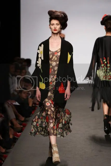 Elisa Palomino,Spring/Summer 2011,The Greyest Ghost