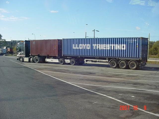 Camion Porte Container 20 Pieds Tracteur Agricole
