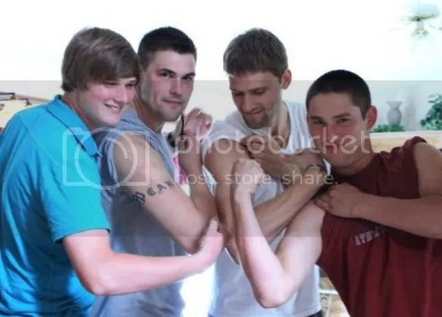 photo brothersmuscles.jpg
