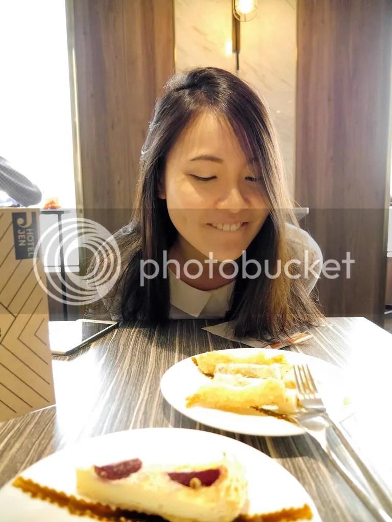 hotel jen tanglin - club lounge eats