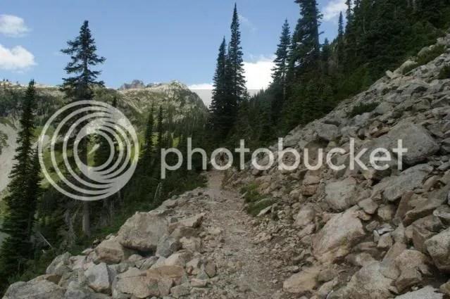 LakeAnn-MaplePassLoopJuly2009031.jpg picture by irelandsking